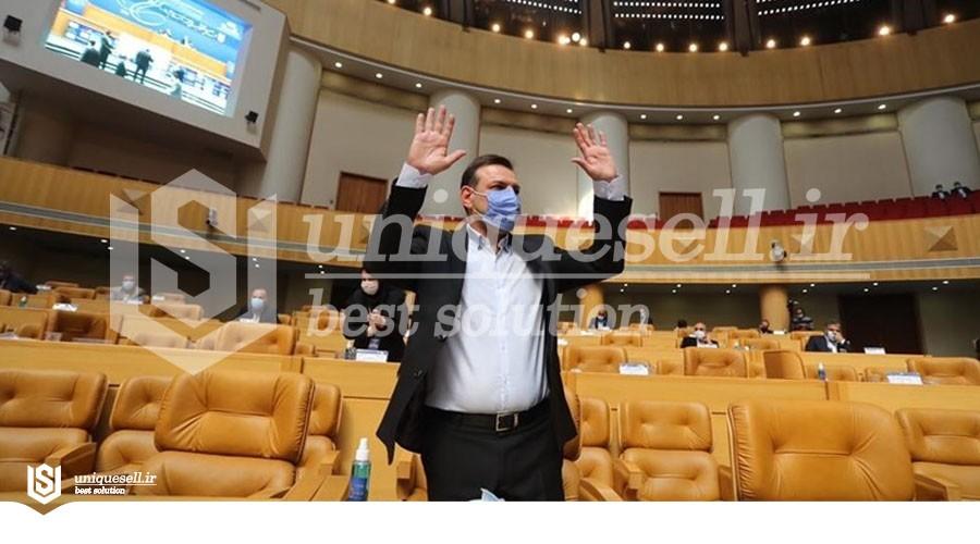 رییس جدید فدراسیون فوتبال رئیس هیات مدیره پتروشیمی امیرکبیر و پتروشیمی شازند است!
