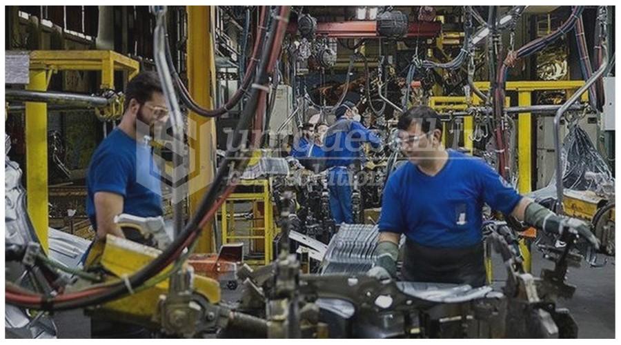 ساخت ماشین آلات در داخل کشور موضوعی محوری در وزارت صمت